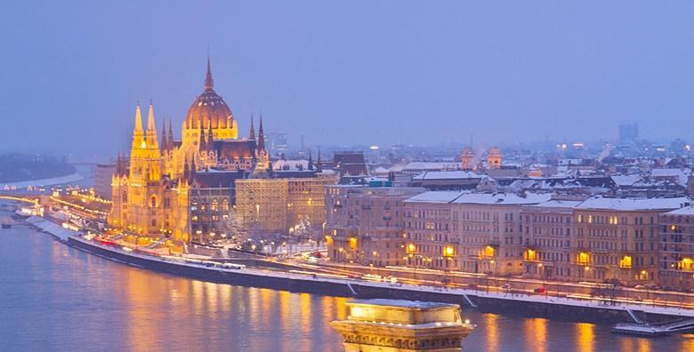 Advent u Budimpešti - 2 dana s doručkom u hotelu 3/4* za 450 kn!