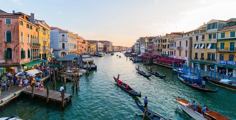 Venecija uz posjet otocima Murano i Burano, cjelodnevni izlet za 230 kn!