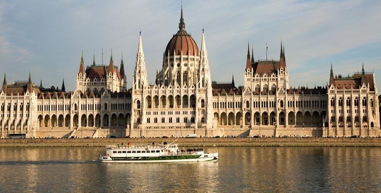 Budimpešta - 2 dana s doručkom u hotelu 4* i prijevozom za 460 kn!