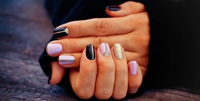 POPUST: 54% - Trajni lak za ruke ili noge uz gratis manikuru u Beauty salonu Anna za samo 69 kn! (Beauty salon Anna)