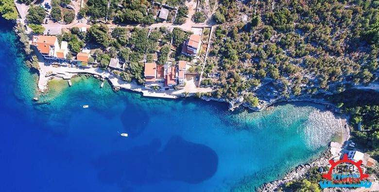 [OTOK HVAR] Prvo kupanje ove sezone na suncem okupanom otoku! 2 ili 3 noćenja s doručkom ili polupansionom za dvoje u Hotelu Timun 3* tik do mora već od 596 kn!