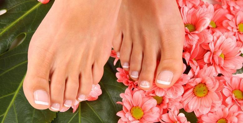 POPUST: 42% - Medicinska pedikura i trajni lak - priuštite si zdrave i njegovane nokte za samo 99 kn! (Kozmetički salon Sonja)