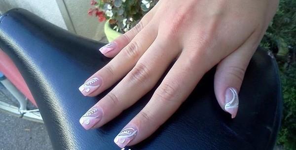 Nokti - ugradnja i geliranje s nail artom i ukrasima