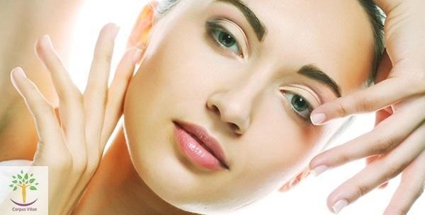 Tretman protiv bora i masnu kožu ili lifting lica s maskom