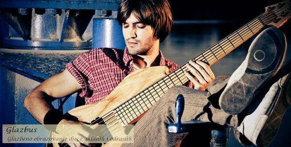 Gitara, ukulele, violina ili tambura - individualni tečaj