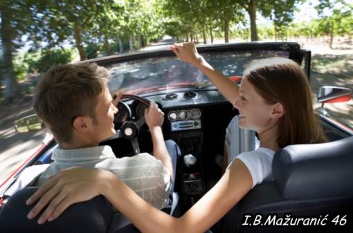 Jednogodišnje članstvo pomoći na cesti za 99kn umjesto 199kn - sigurni i bezbrižni na cesti uz čak 500 servisa diljem Hrvatske