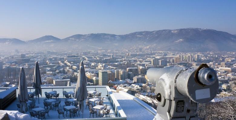 Advent Graz - doživite čaroliju popularne božićne destinacije uz razgled Ledenih jaslica i uživajte u blagdanskom ugođaju uz kuhano vino za 154 kn!