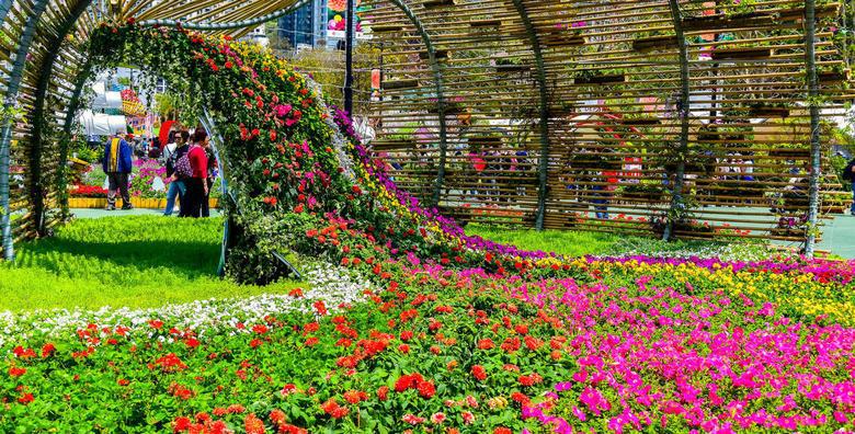 ITALIJA - posjetite poznati Sajam cvijeća u pitoresknom gradiću Pordenoneui prošetajte povijesnom jezgrom Udina za 219 kn!