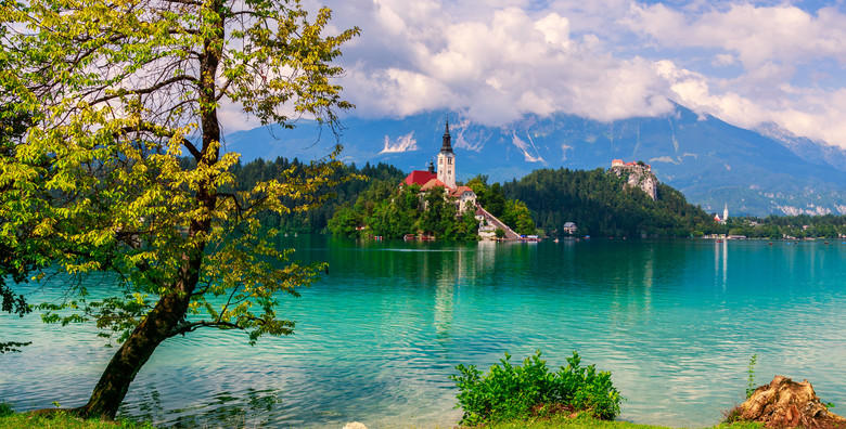Ponuda dana: Radovljica i Bled - posjetite najveći čokoladni događaj u srcu Slovenije i uživajte u ljepotama jezera smještenog na 475 m nadmorske visine za 149 kn! (Putnička agencija Autoturist - Park ID kod: HR-AB-01-080015747)