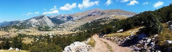 NP Sjeverni Velebit - obilazak Premužićeve staze i Rožanskih kukova, najljepši planinarski doživljaj u Hrvatskoj uz zadivljujuće prizore stjenovitog krša za 169 kn!