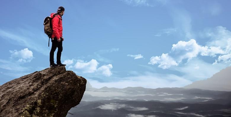 Planinarenje na Golicu - posjetite kraljicu narcisa sa svojom nadmorskom visinom od 1835 m i uživajte u pogledima s vrha koji oduzimaju dah za 159 kn!