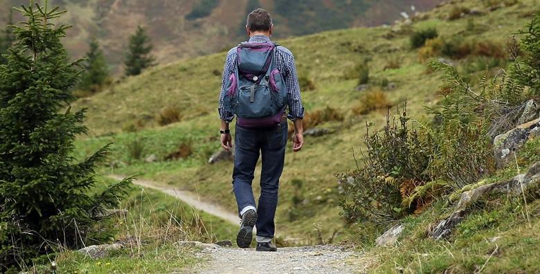 Planinarenje na Klek - posjetite stjenoviti vrh visine 1.182 m  i sijelo klečkih vještica u cjelodnevnom izletu za 129 kn!