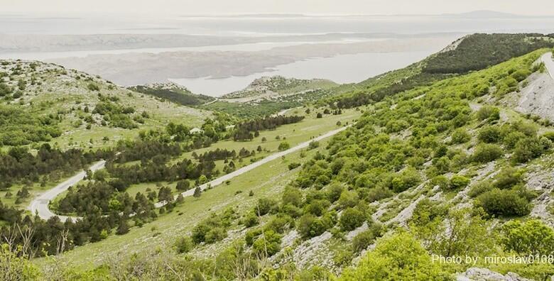 Planinarenje NP Sjeverni Velebit - uživajte u obilasku Premužićeve staze od Zavižana do Alana i posjetu Rožanskim kukovima za 169 kn!