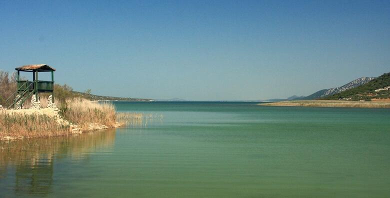 Ponuda dana: Park prirode Vransko jezero i Kamenjak - posjetite najveće prirodno jezero u Hrvatskoj i atraktivni vidikovac uz posjet Zadru za 249 kn! (Putnička agencija Autoturist - Park ID kod: HR-AB-01-080015747)