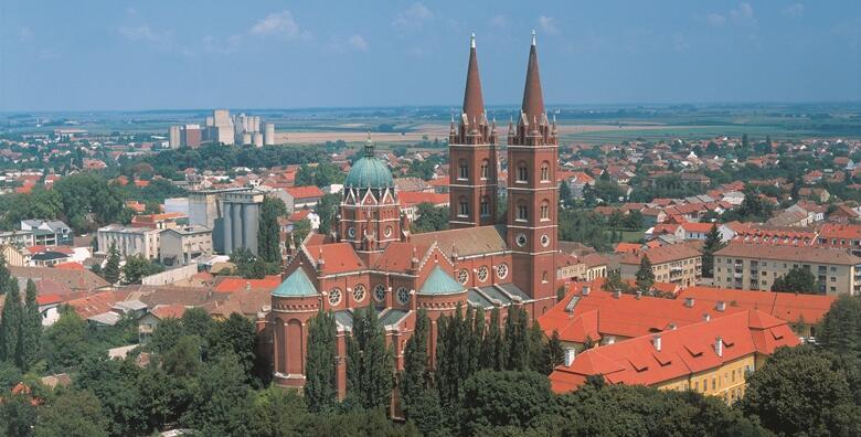 Slavonija i Baranja - posjetite monumentalnu đakovačku katedralu, najveći vinski podrum u Baranji i probajte domaće slavonske proizvode uz uključen prijevoz za 209 kn!