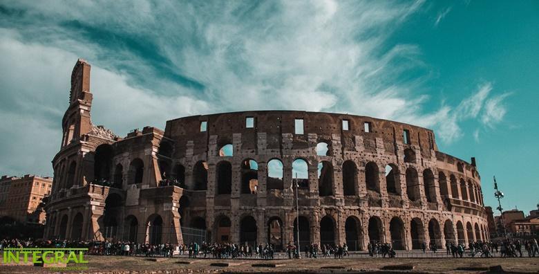 Rim 3* - 4 dana s polupansionom i povratnim letom od 2.490 kn!