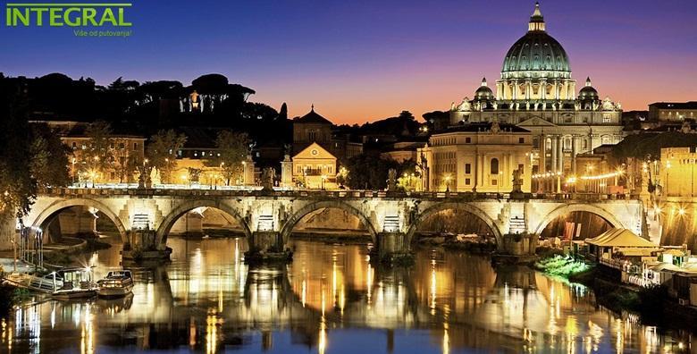 Nova godina u Rimu 3* - 5 dana s doručkom i prijevozom za 1.550 kn!