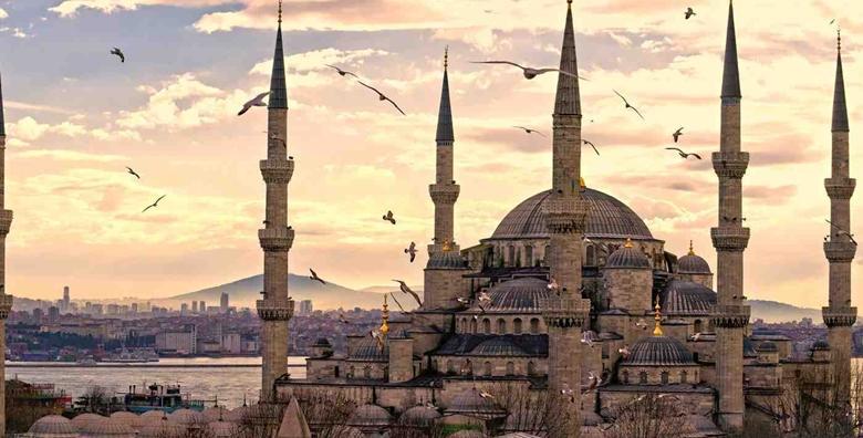 Istanbul - 3 noćenja s doručkom u hotelu 4* i povratnim letom već za 2.150 kn!