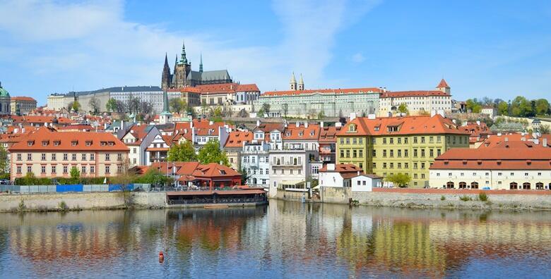 Prag, Beč i Češki Krumlov - 3 noćenja s doručkom u hotelu 3* i prijevoz autobusom za 870 kn!