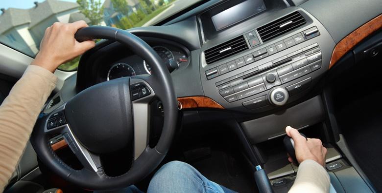 Kompletno kemijsko čišćenje unutrašnjosti automobila