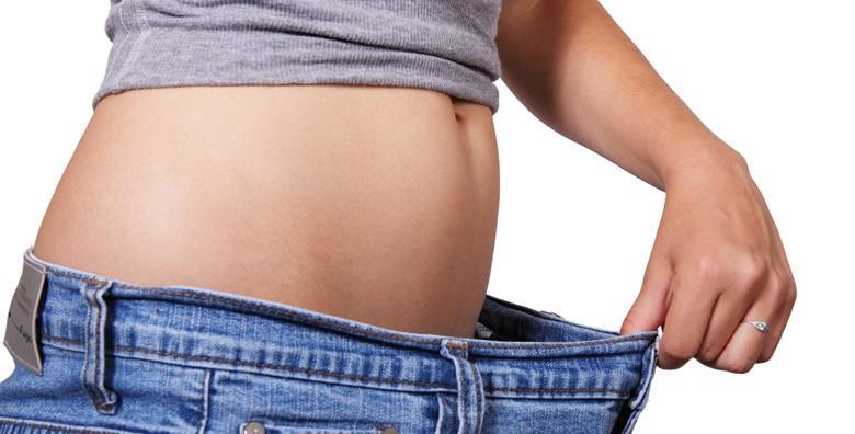 8 bodywrapping, 8 anticelulitnih masaža trbuha i 8 RF trbuha