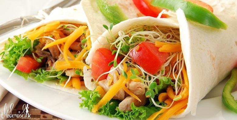 Meksička plata za troje - tortilje, burrito, hrustavci, umak