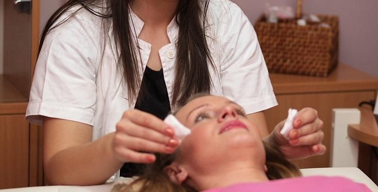 Dubinsko čišćenje lica Afrodita kozmetikom