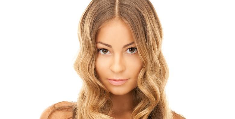 Šišanje, fen frizura, pramenovi na foliju ili balayage