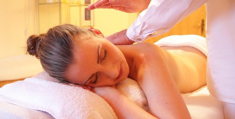 Medicinska masaža vrata i leđa