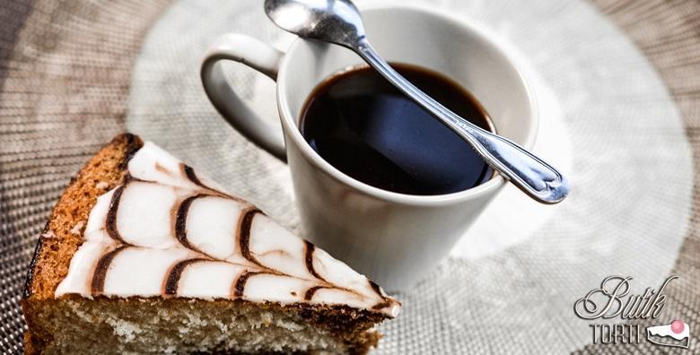 Kava i kolač za dvoje