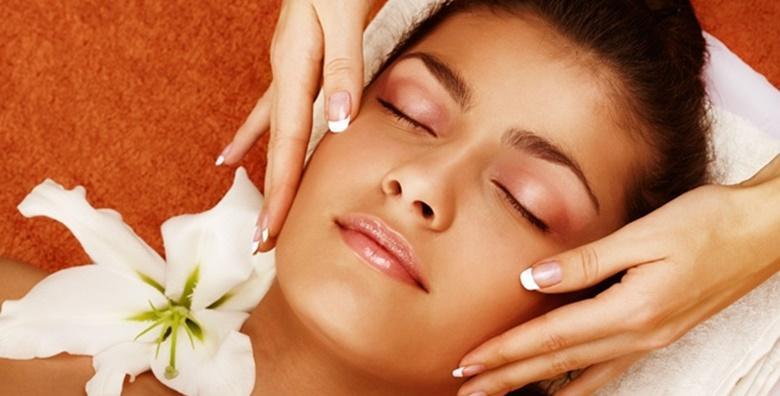 Ultrazvučno čišćenje lica uz ampulu