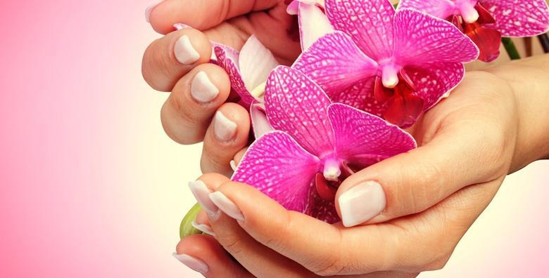 Spa tretman ruku uz parafinsku kupku i masažu stopala