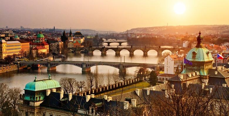 Prag*** - 4 dana s prijevozom i doručkom