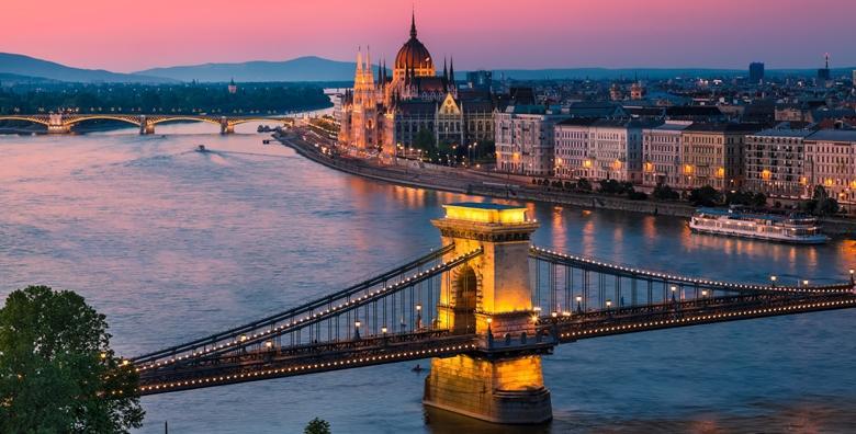 Advent u Budimpešti**** -  2 dana s prijevozom