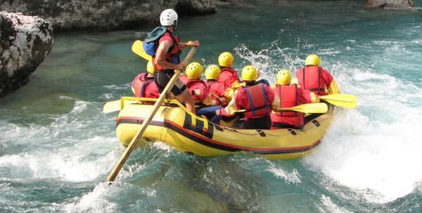 Rafting na Mrežnici sa ručkom ili večerom za 149kn