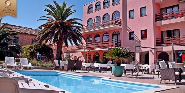 POPUST: 41% - OTOK UGLJAN Rezervirajte ljetovanje u Villi Stari Dvor samo 50 metara od plaže!1 ili 2 noćenja s polupansionom za dvoje uz korištenje bazena već od 499 kn! (Villa Stari Dvor)