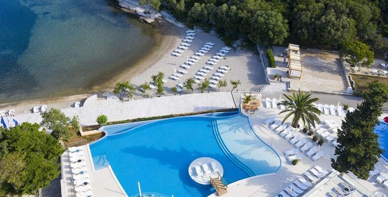 Ponuda dana: Korčula, predsezona - priuštite si zasluženi odmor uz polupansion za 2 osobe uz 2 djece do 13,99 gratis smještaj u Port 9 Hotelu 4* i besplatan wellness od 3.049 kn! (Port 9 Hotel 4*)