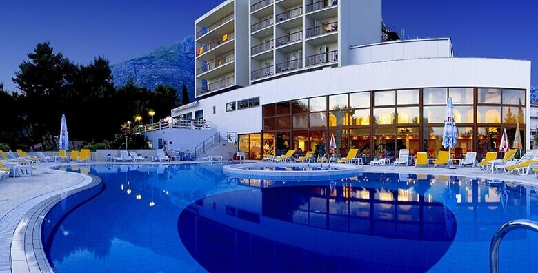 Baška Voda - savršen odmor u Hotelu Horizont 4* uz 2, 3 ili 7 noćenja s all inclusive light uslugom za 2 odrasle osobe i 2 djece do 8 godina od 2.619 kn!