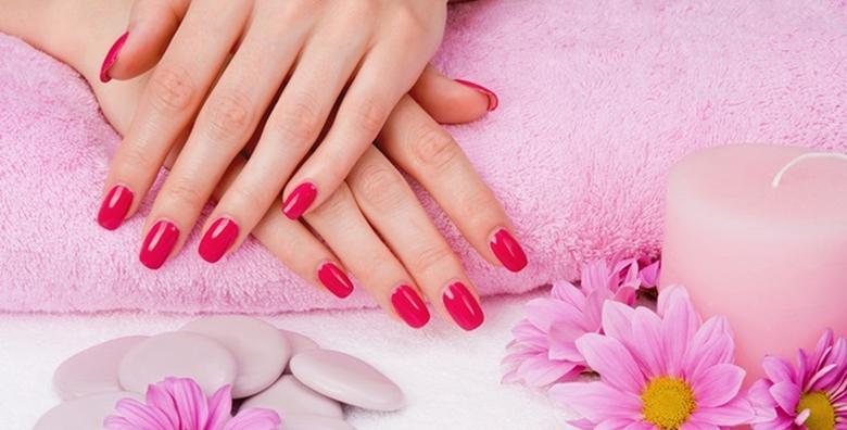 POPUST: 47% - Trajni lak i manikura - izaberite najljepšu boju i priuštite si lijepe i njegovane nokte koji traju do 3 tjedna već od 79 kn! (Salon ljepote Valenne)