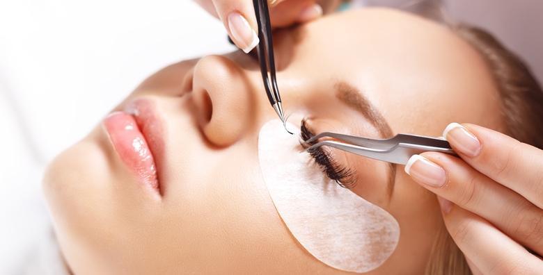 POPUST: 30% - Ugradnja trepavica klasičnom ili voluminoznom tehnikom za potpunu transformaciju vaših očiju i savršen izgled bez maskare i uvijača od 196 kn! (Salon ljepote Valenne)