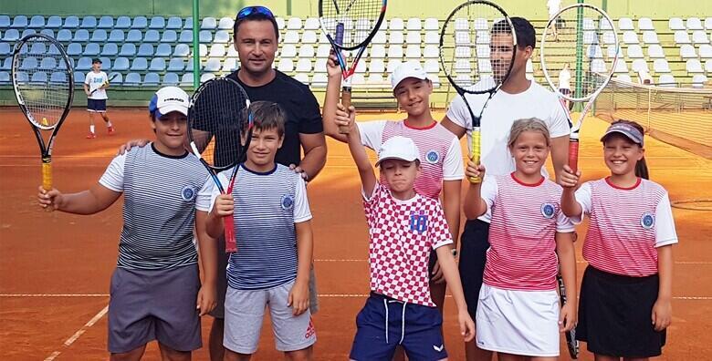 Tečaj tenisa za sve uzraste - mjesec dana treninga s vrhunskim  trenerima na čak 3 lokacije u gradu već od 160 kn!