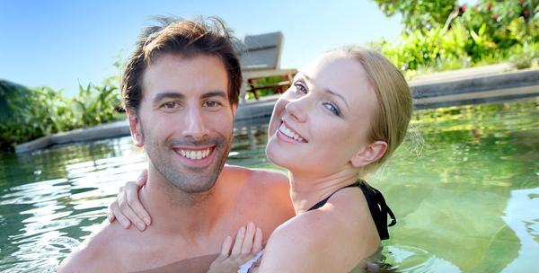 2 noćenja s polupansionom i korištenje bazena za dvoje