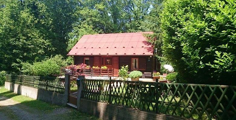 [DONJA STUBICA] Najam drvene kuće*** – 3 ili 4 dana guštanja za dvije osobe uz 30% popusta na ulaznice za Terme Jezerčica od 479 kn!