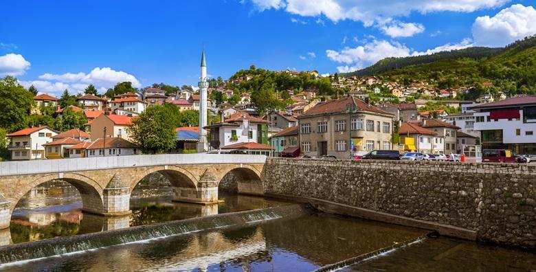 Sarajevo**** - 2 dana s doručkom u hotelu i prijevozom