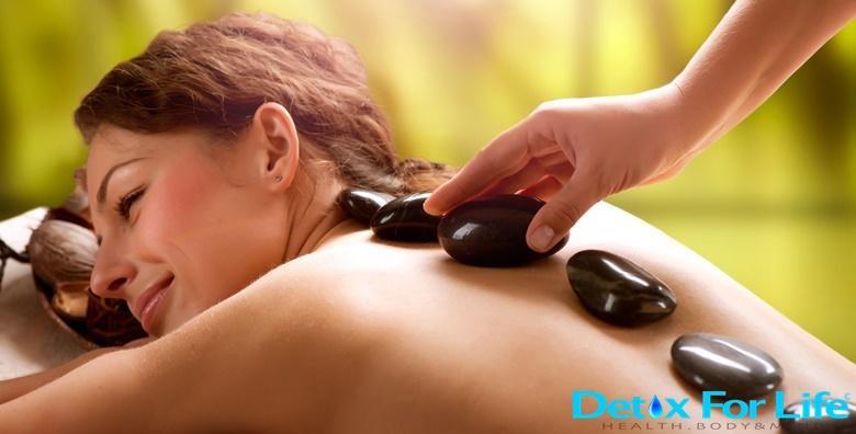 Hot stone i antistres masaža ili refleksoterapija stopala