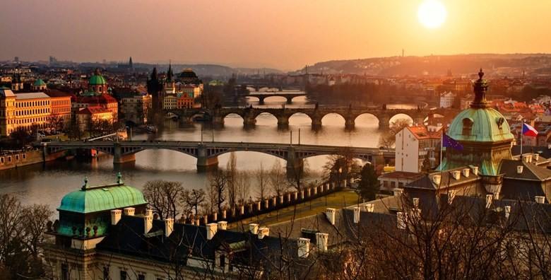 Valentinovo u Pragu i Češkom Krumlovu - 3 dana, prijevoz
