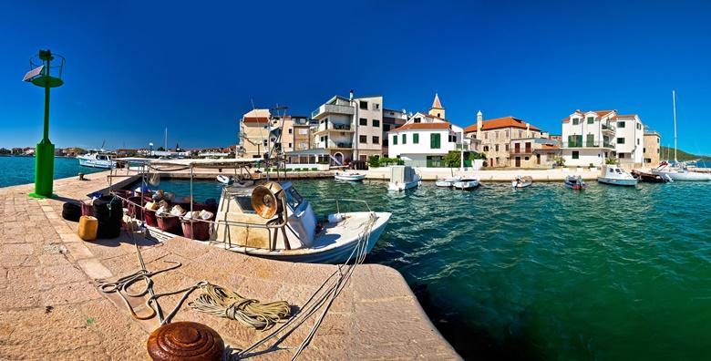 POPUST: 33% - PIROVAC - priuštite si opuštanje nadomak plaže u mjestu s najtoplijim morem na Jadranu uz 5 ili 7 noćenja za dvoje u apartmanu 3* od 999 kn! (Apartmani Dvojak 3*)