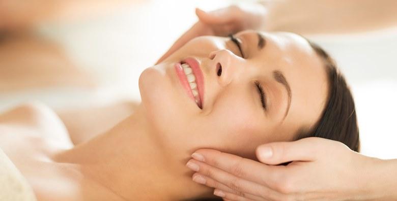 Klasično čišćenje lica s masažom glave i lica