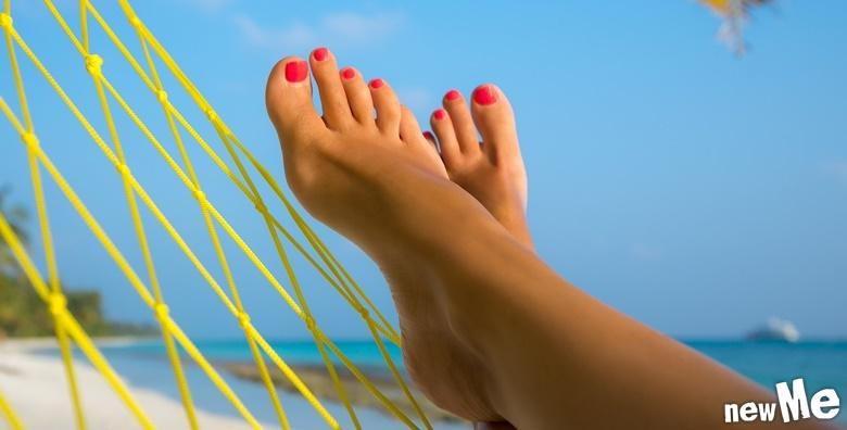 POPUST: 56% - Potpuna njega vaših nogu - birajte između estetske pedikure s lakiranjem ili medicinske pedikure s pilingom i lakiranjem već od 79 kn! (NewMe salon ljepote)
