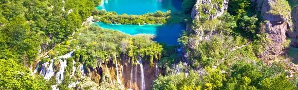NP Plitvice - doživite čarobnu bajku najstarijeg nacionalnog parka i uživajte u pogledu na simpatične Rastoke poznate i kao Male Plitvice za 145 kn!